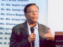 Dr. SM Mannan, Professor, ISLM, DU